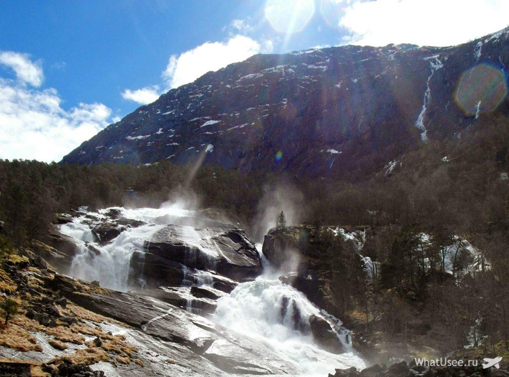 Водопад Твейтафоссен