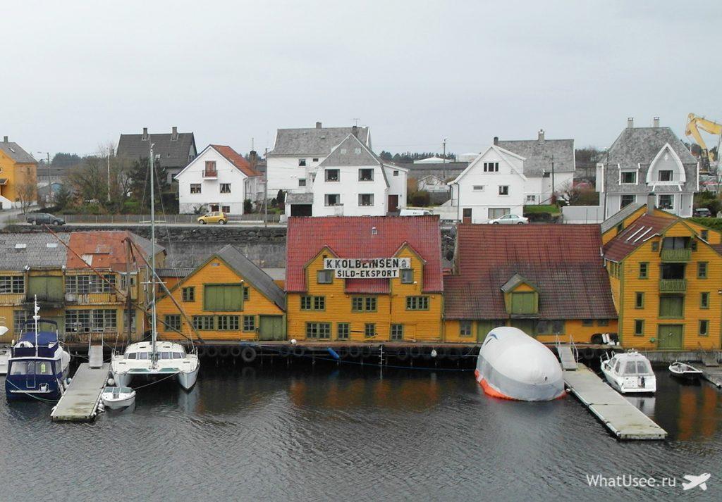 Остановка в городе Хёугесунн в Норвегии