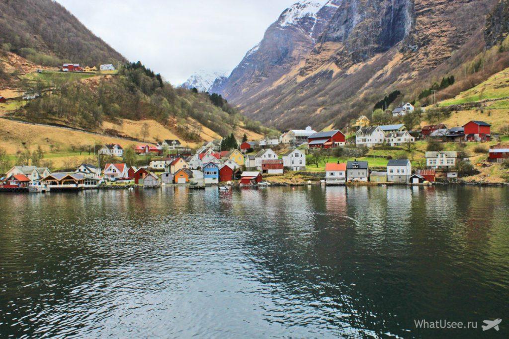 Фьорд Согнефьорд в Норвегии