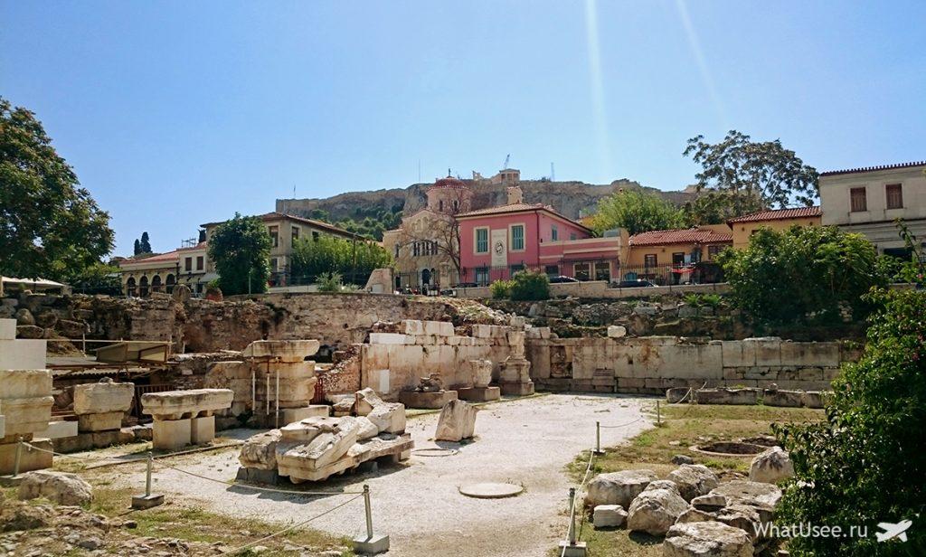 Библиотека Адриана в Афинах