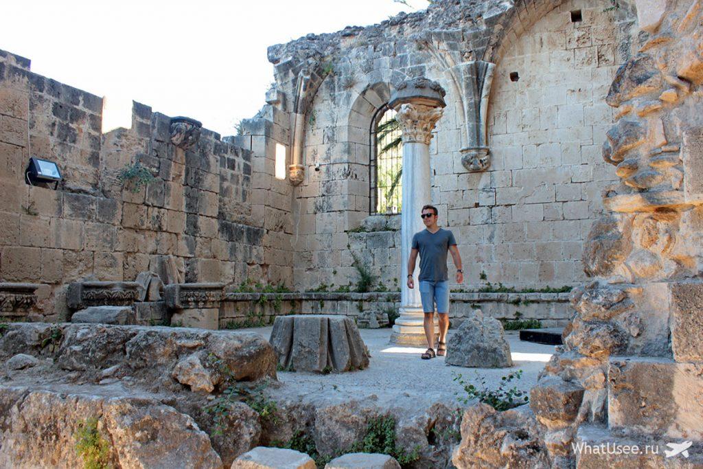 Аббатство в Беллапаис, Северный Кипр