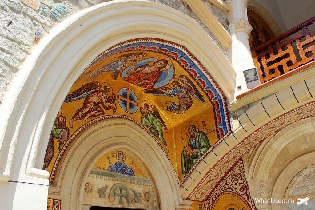 Мужской монастырь Киккос