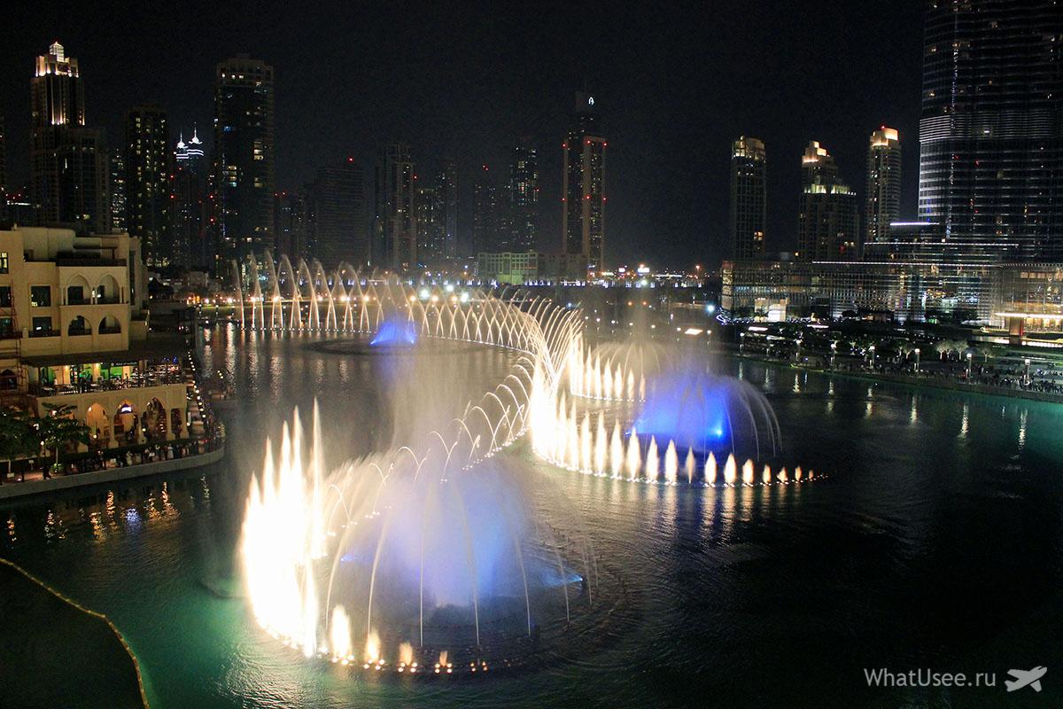 Фонтаны в Дубае, Дубай Молл