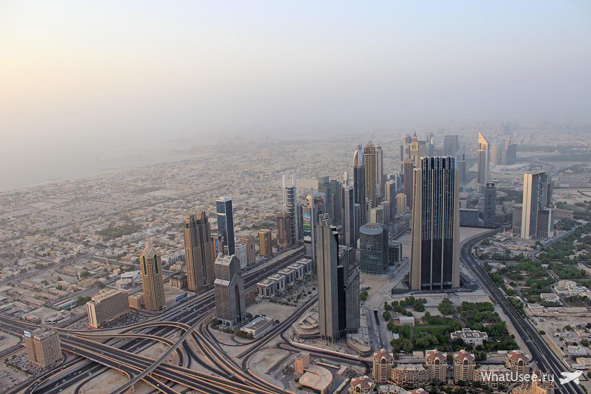 Вид со смотровой площадки Бурдж-Халифа в Дубае
