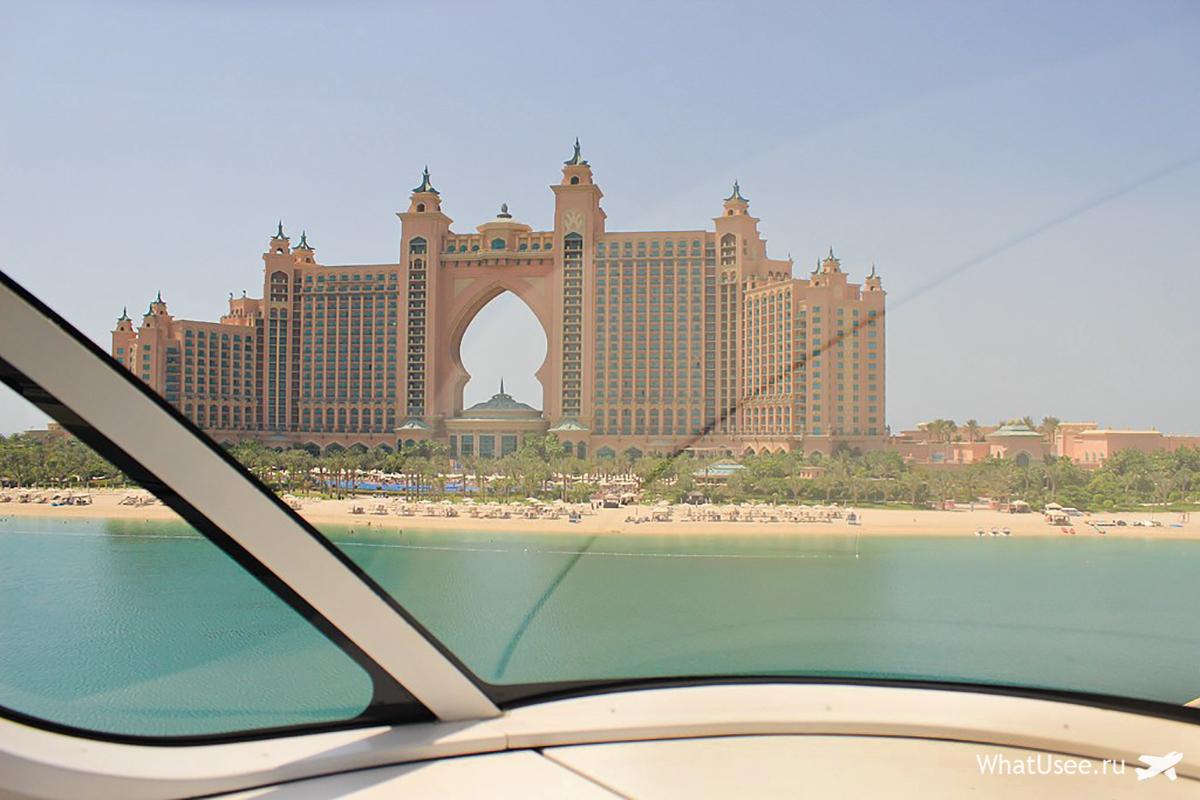 Фото монорельса в Дубае