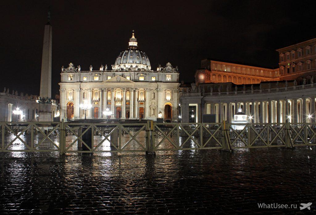 Фото ночного Ватикана