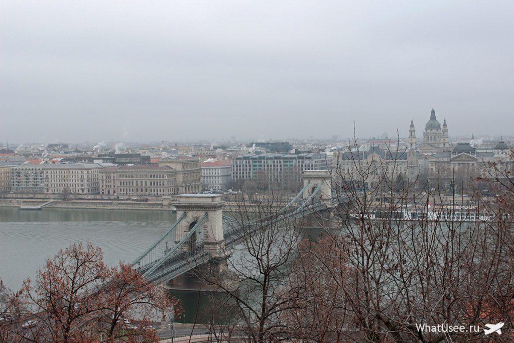 Мост Сечени в Будапеште зимой