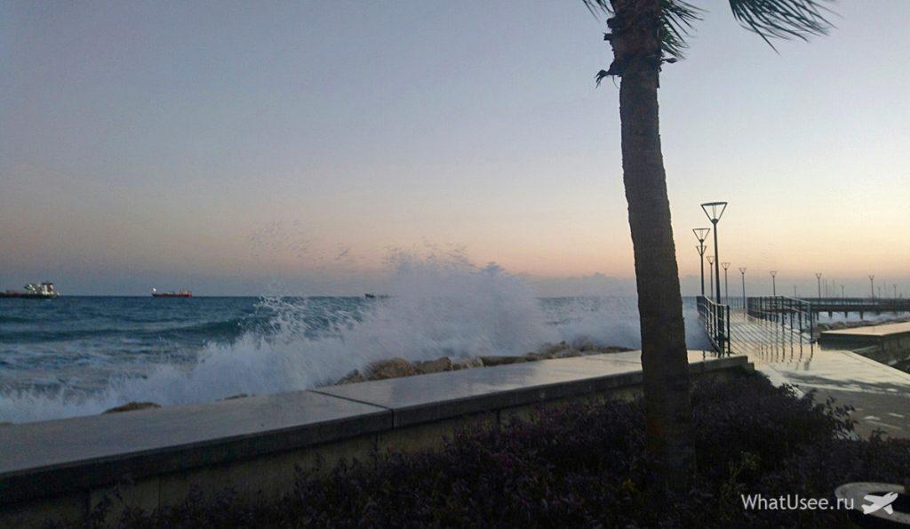 Пляжи на Кипре зимой