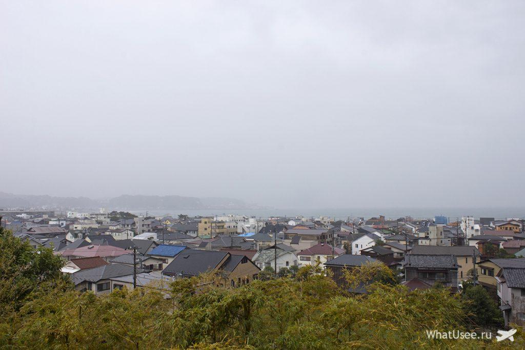 Вид на Камакуру со смотровой площадки Хаседера