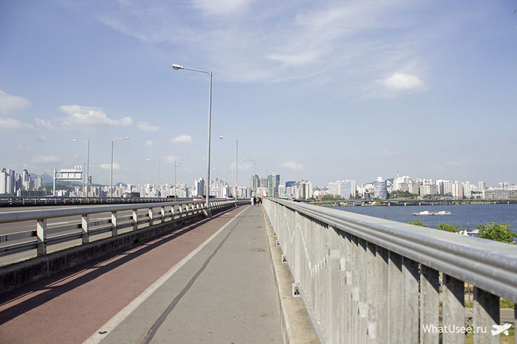Мост жизни и мост самоубийц в Сеуле
