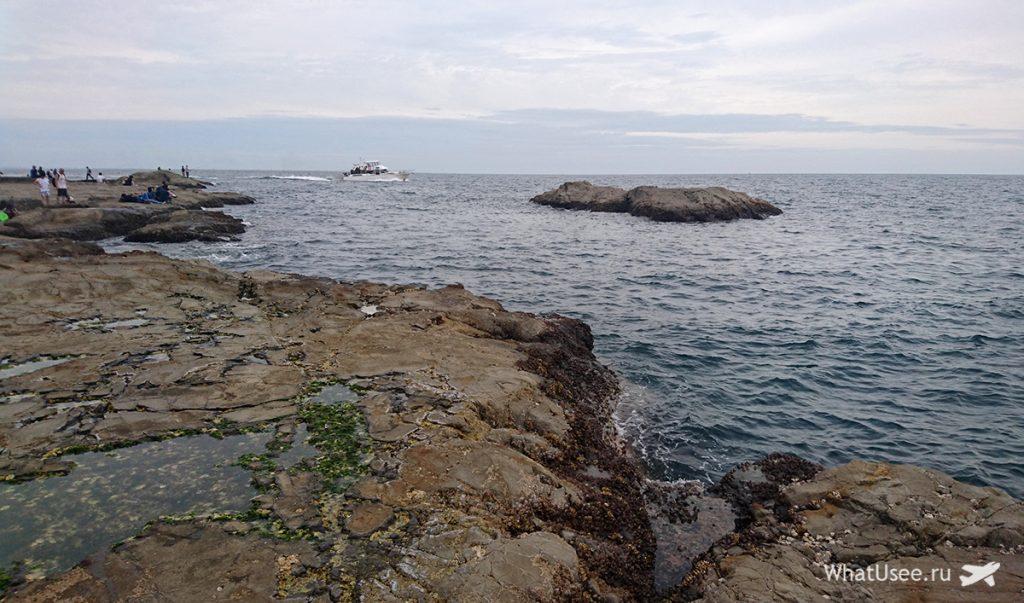 Скалы Chigogafuchi Abyss на Эносиме
