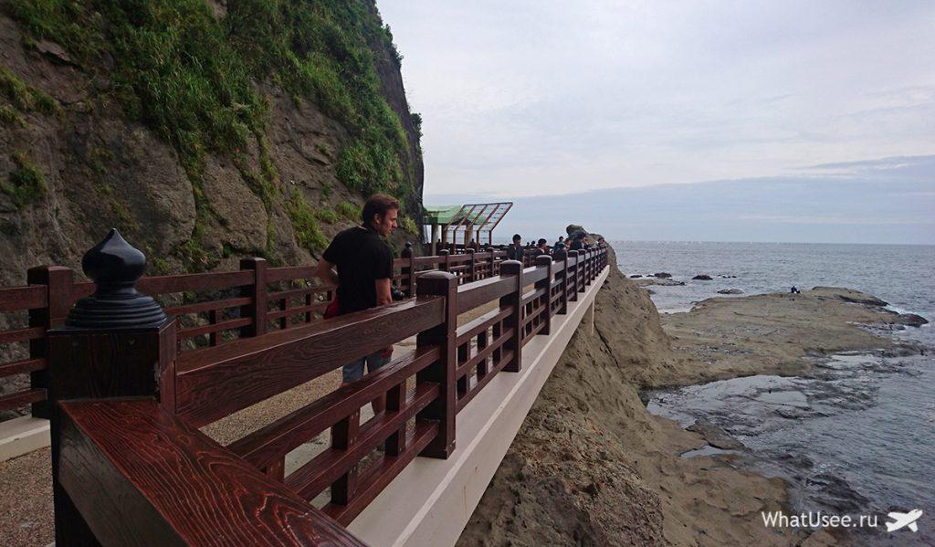 Пещеры на Эносиме