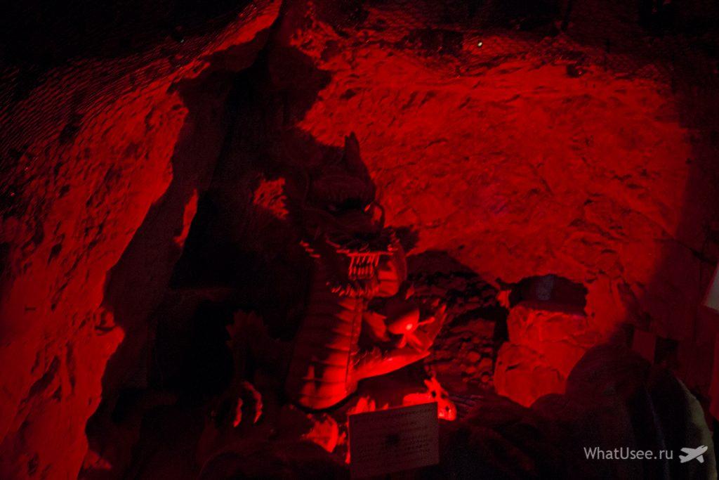 Iwaya Caves на Эносиме