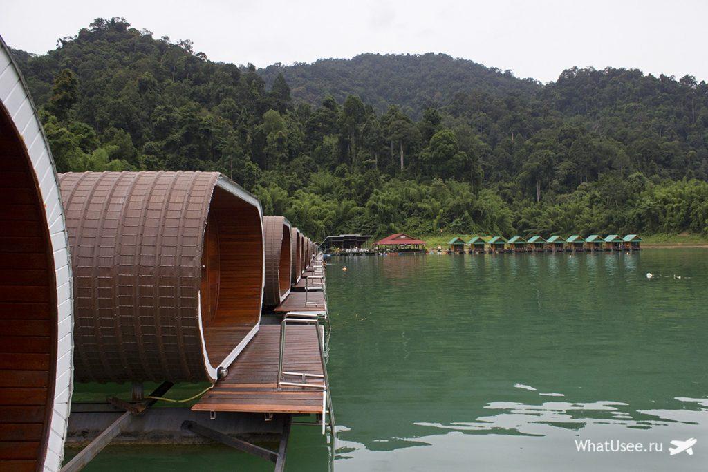 Рафтхаусы на озере Чео Лан в национальном парке Као Сок