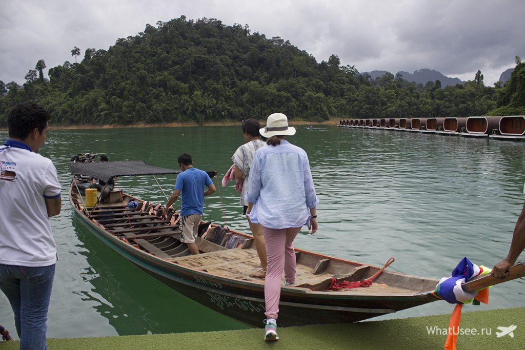 Рафтхаусы на озере Чео Лан