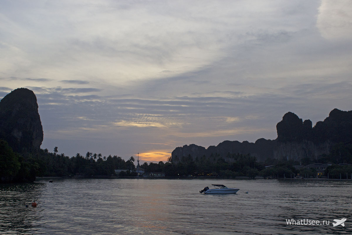 Закат на островах Краби