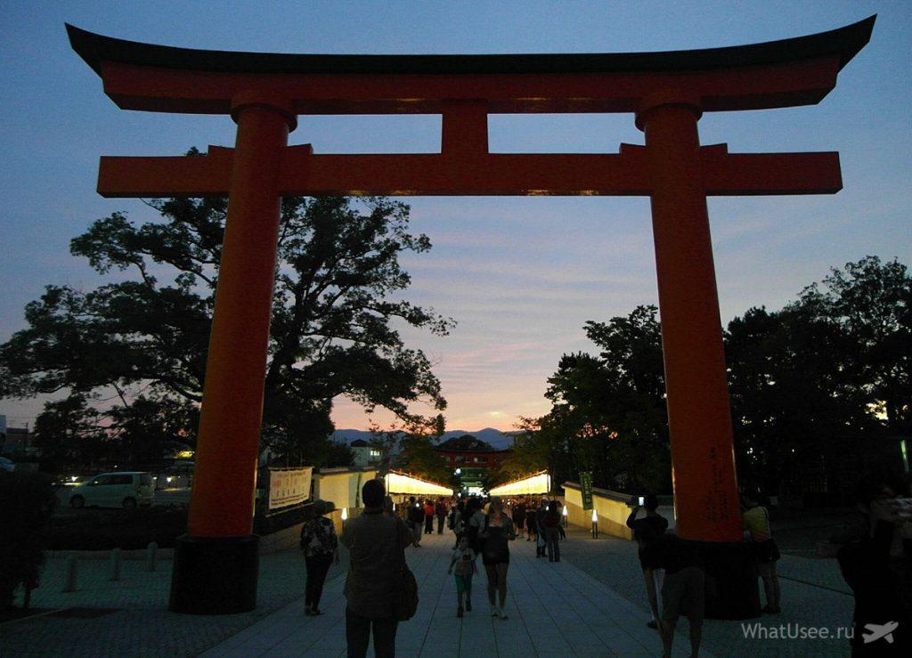 Посещение Фусими Инари ночью