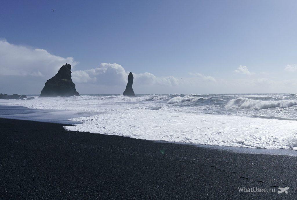 На пляже Вик в Исландии