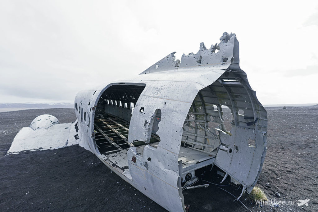 Обломки самолета Исландия