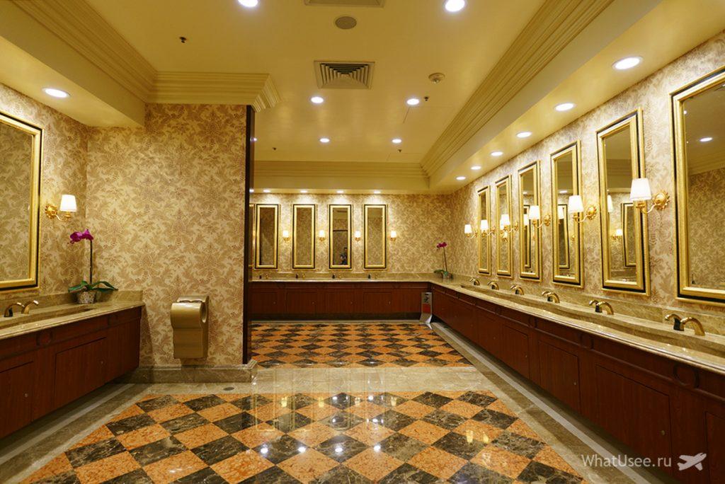 Туалеты в  казино Venetian