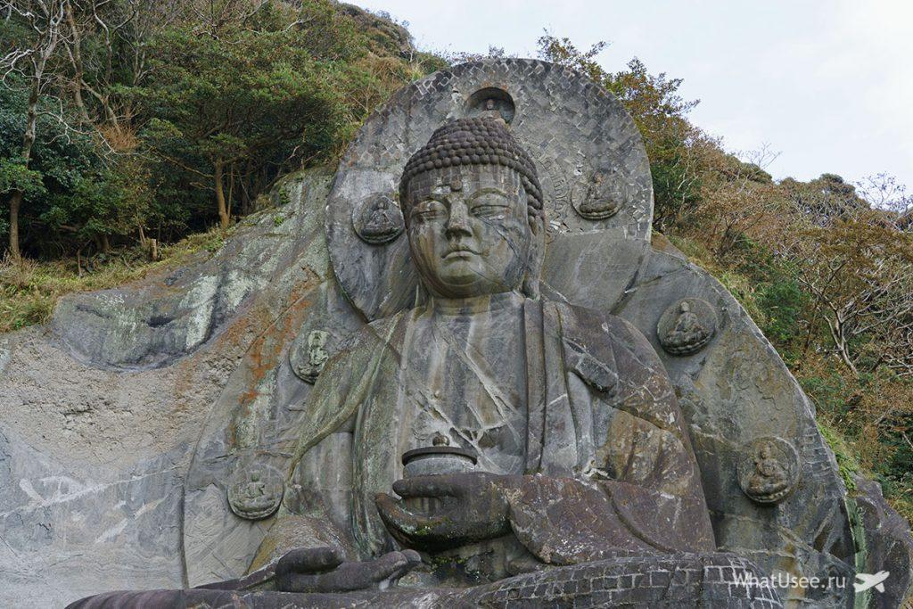 Гигантский Будда на горе Нокогирияма